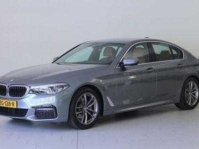 tweedehands BMW 520 5-SERIE i High Executive AUTOMAAT | M-SPORTPAKKET | COMFORT ACCESS PACK | PARKING PACK | BTW AUTO | 1E EIGENAAR | NOG MEER AANVULLENDE LUXE