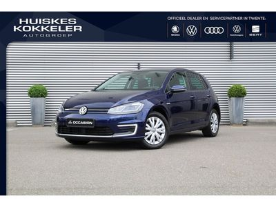 tweedehands VW e-Golf E-DITION 136pk Automaat Navigatie Adaptive cruise control LED koplampen DAB Parkeersensoren Radio Stoelverwarming Waterpomp