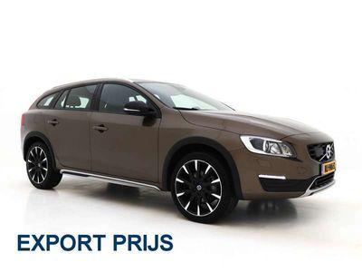 tweedehands Volvo V60 CC 2.0 D3 Nordic+ *VOLLEDER+XENON+NAVI-PROF+HARMAN-KA