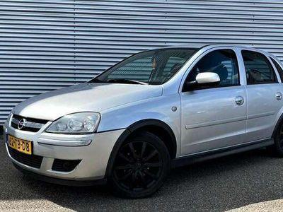 tweedehands Opel Corsa 1.2-16V Silverline/airco/CV/ INRUILKOOPJE!!