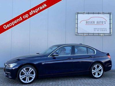 tweedehands BMW 328 328 i High Executive Leer/Navigatie/Xenon/19inch.