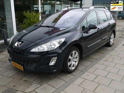 tweedehands Peugeot 308 1.6 HDiF X-line - 7 Persoons