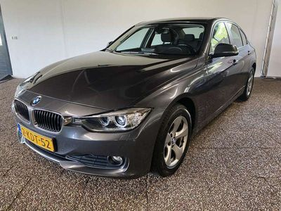 tweedehands BMW 316 316 d High Executive | LED | Groot navi | Clima | L