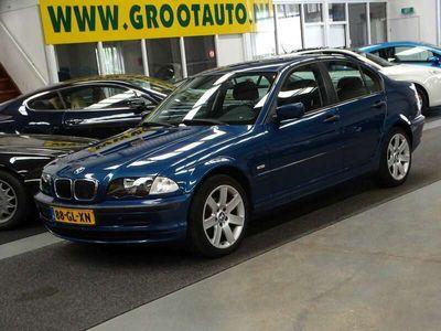 tweedehands BMW 316 316 i Executive Airco, Cruise Control, Stuurbekrach