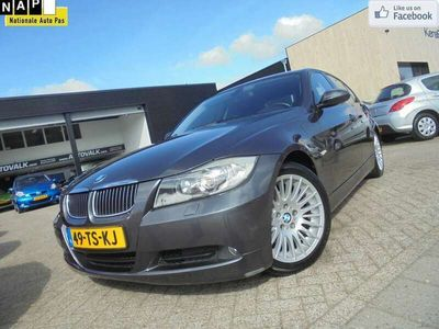 tweedehands BMW 320 320 i High Executive Climate. Cruise. Navi. Έlectric. P