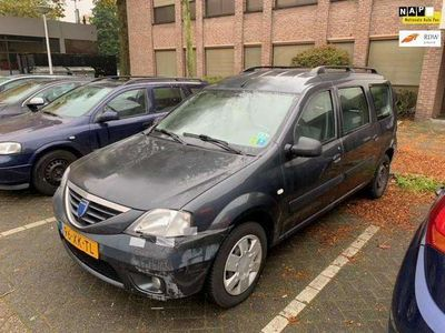 tweedehands Dacia Logan MCV 1.6-16V Lauréate