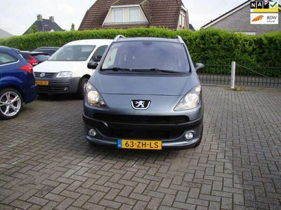 tweedehands Peugeot 1007 1.6-16V Sporty