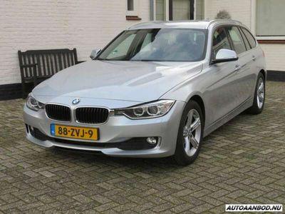 "tweedehands BMW 320 320 Touring d High Executive Aut Leder/Navi/17""/enz"