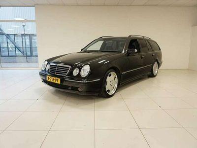 tweedehands Mercedes E320 Combi Zeer lage km stand!
