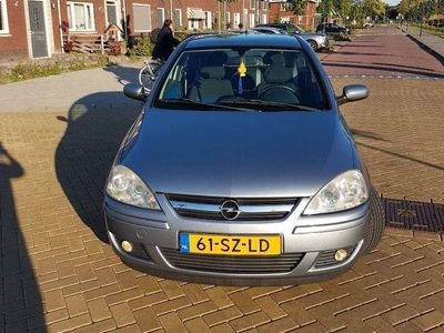 tweedehands Opel Corsa 1.2-16V Silverline