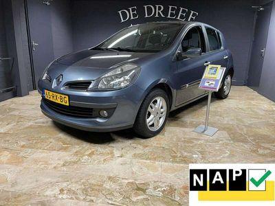 tweedehands Renault Clio Zondag geopend van 12 tot 17 uur