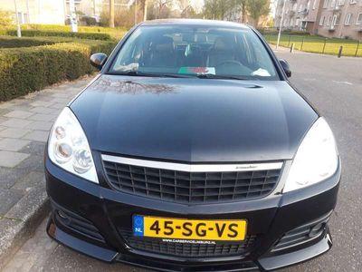 tweedehands Opel Vectra 2.2-16V Business