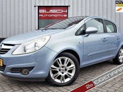 tweedehands Opel Corsa 1.4 16V 5 deurs Cosmo | VAN 2e EIGENAAR | AIRCO |