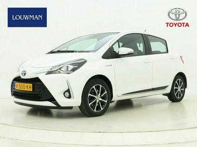 tweedehands Toyota Yaris 1.5 Hybrid Design Limited | 15' Velgen | Parkeercamera |
