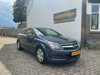 tweedehands Opel Astra GTC 1.6 Edition Airco
