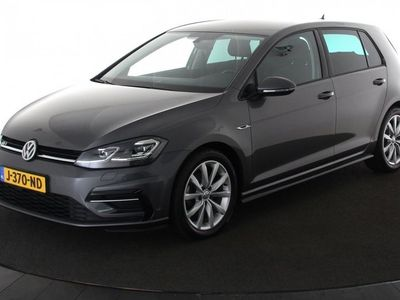 tweedehands VW Golf 1.4 TSI R-Line Highline | Active Info Display | LED | ACC | Keyless | Zondag Open!