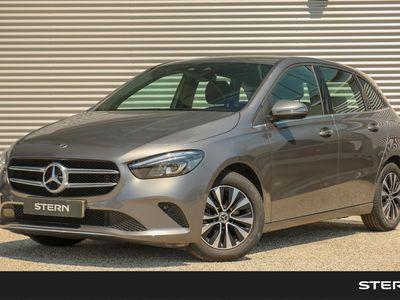 tweedehands Mercedes B180 B-KlasseAutomaat Business Solution Style | Advantage Pack | Trekhaak | DAB+ | Camera | Smartphone Integratie
