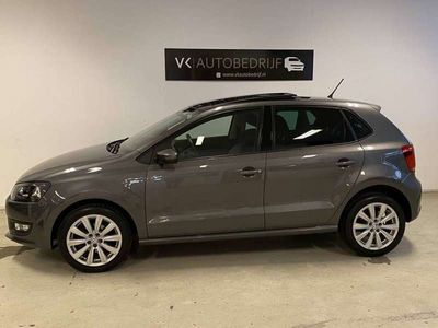 tweedehands VW Polo 1.2i Life Airco Climate Cruise Pano Sportint