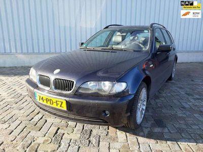 tweedehands BMW 318 318 Touring i Special Edition Schade Export