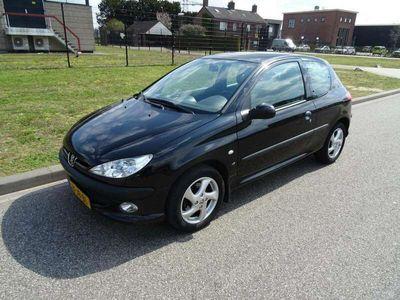 tweedehands Peugeot 206 1.6-16V XS Premium