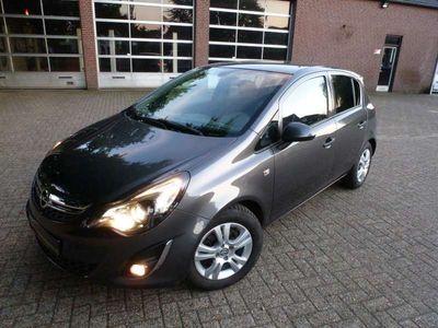 tweedehands Opel Corsa 1.4-16V Cosmo Airco Pdc Stoel+ Stuurverwarming !!