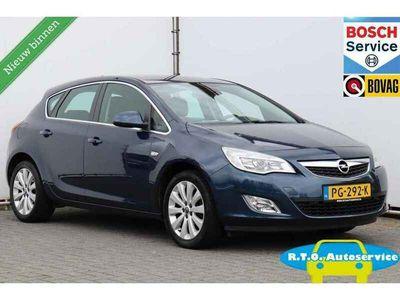 tweedehands Opel Astra 1.4 Cosmo NAVIGATIE SLECHTS 107000 KM NETTE AUTO