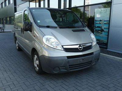 tweedehands Opel Vivaro 2.0 CDTI L1H1 90 pk lichte achter schade 74.000 k