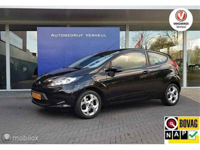 tweedehands Ford Fiesta 1.25 Limited Edition Airco Nap Boekjes