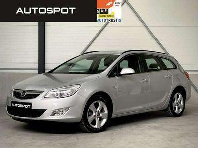 tweedehands Opel Astra Sports Tourer 1.6 Turbo Cosmo NAVI CRUISE TREKHAAK
