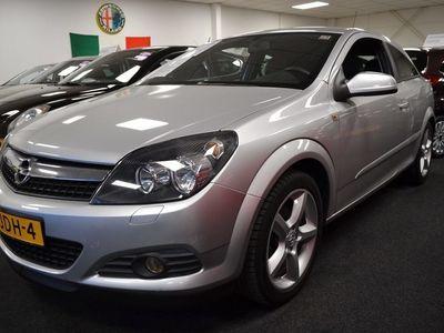tweedehands Opel Astra GTC 1.8 Sport NAVI / CRUISE / LEER / CLIMA / AFN.TREKHAAK