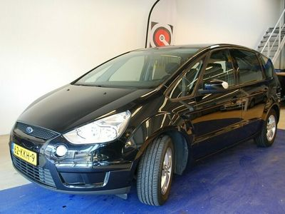 tweedehands Ford S-MAX 2.0 Trend Limited AUTOAIRCO CRUISECON LMV MISTLAMP RUIME 5 PERSOONS AUTO MPV