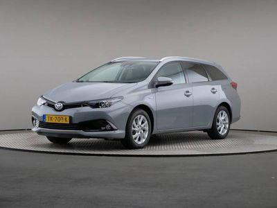 tweedehands Toyota Auris Touring Sports 1.8 Hybrid Dynamic, Automaat, LED, Navigatie