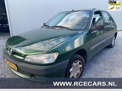 tweedehands Peugeot 306 1.4 S SCHUIF/KANTEL/DAK TREKHAAK NAP APK T/M 30-01