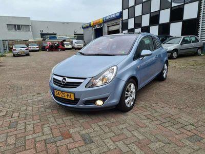 tweedehands Opel Corsa 1.2-16V Cosmo