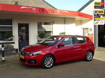 tweedehands Peugeot 308 1.2 PureTech Allure