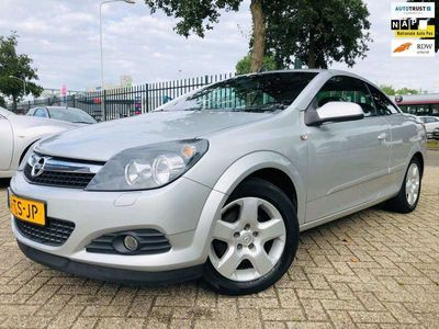 tweedehands Opel Astra Cabriolet TwinTop 1.6 Enjoy Cruise Airco 115728 Km
