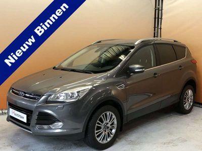 tweedehands Ford Kuga 1.6 Titanium Lage km stand dealer onderhouden