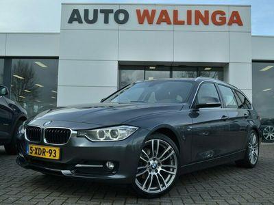 """tweedehands BMW 320 3-SERIE Touring Automaat Sportline Vol leer Sportst. Full map Navigatie Stoelverwarming Led Xenon Verlichting 19""""Velgen. 1é eigenaar! d"""