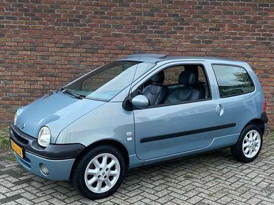 tweedehands Renault Twingo 1.2 Initiale 2003 airco leder open dak blauw