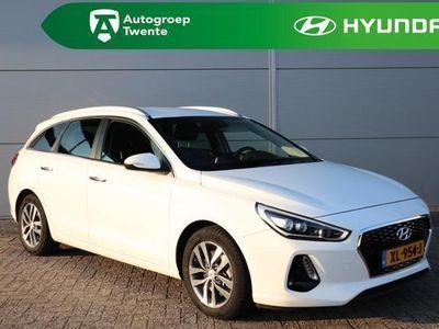 tweedehands Hyundai i30 1.4 T-GDI Premium / Half Leder / Ledkoplampen / Key Less entry