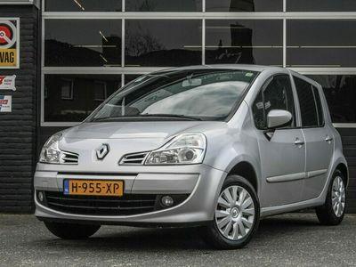 tweedehands Renault Modus 1.2-16V Night & Day