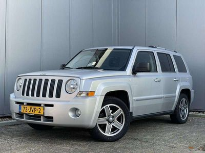 tweedehands Jeep Patriot 2.4 170 PK Limited Liberty + PDC + Cruise control