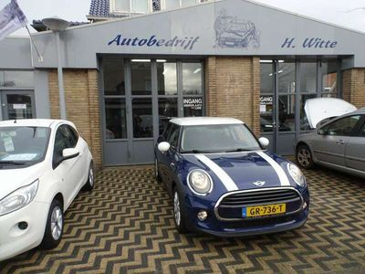 tweedehands Mini Cooper Cooper 1.5Business