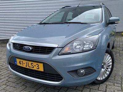 tweedehands Ford Focus Wagon 1.8 Titanium Flexi Fuel *Zeer nette auto* Navi* Trekhaak* Bluetooth* Parkeersens.* Zeeuw & Zeeuw Alphen a/d Rijn