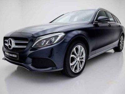 tweedehands Mercedes E350 C-Klasse EstateLease Edition Nw. Prijs € 61.362 LED Camera Cruise Geïnteresseerd?