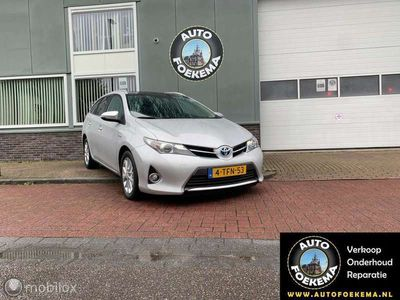 tweedehands Toyota Auris 1.8 Hybrid Executive, Panoramadak, Airco/clima, tr