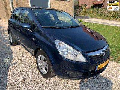 tweedehands Opel Corsa 1.2-16V Cosmo 5-Deurs/Nieuwe APK.
