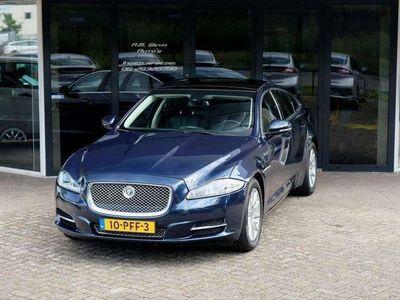 tweedehands Jaguar XJ 3.0D V6 Luxury Dealer onderhouden