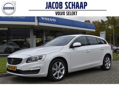 tweedehands Volvo V60 T2 122pk Automaat Nordic+ | PDC achter | Standkachel | Navi | Trekhaak | Xenon |