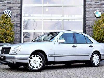 tweedehands Mercedes E420 E 420ELEGANCE AUT. 68.000KM IN NIEUWSTAAT